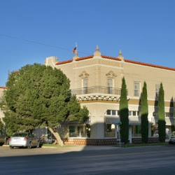 Hotel Paisano - an oasis in itself.