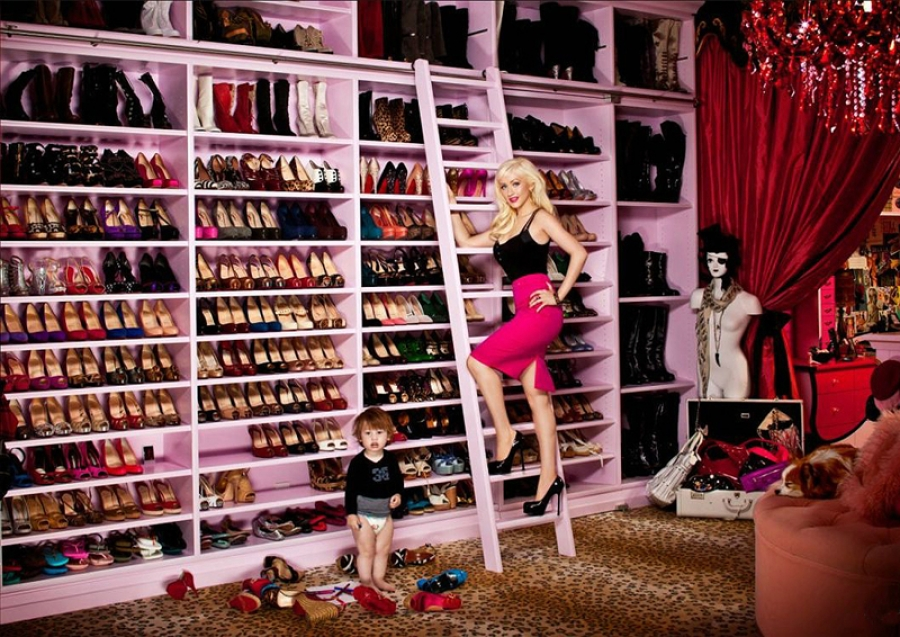 What is SHE doing in MY closet?? My dream room (minus the kid).