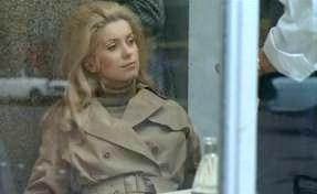 Who wore it best? Catherine Deneuve bien sûr!