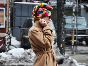 In cold weather it keeps your head warm in a very cool way.