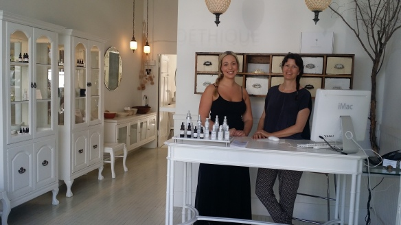 Jaana (left) is a skin care specialist & Claudine (right) is the owner.