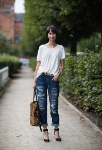 Perfect white T & Jeans