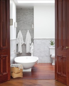 Photo: Matthew Hranek  Modern Bathroom
