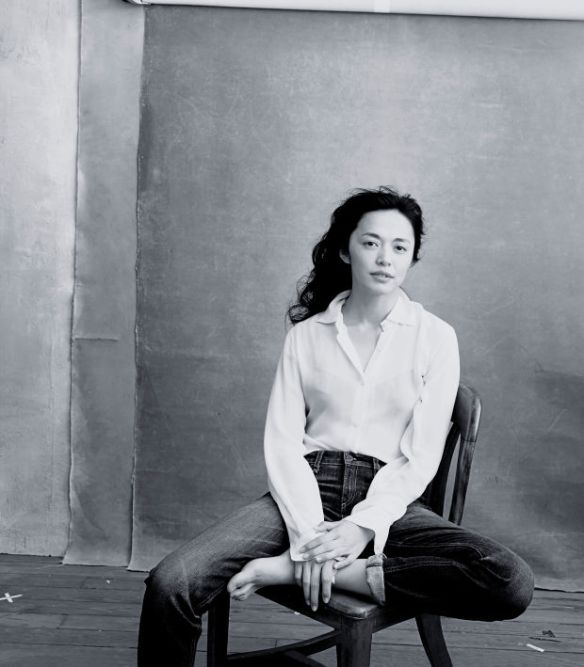 Actress Yao Chen, the first Chinese UNHCR Goodwill Ambassador. Photo: Annie Leibovitz/Pirelli Calendar