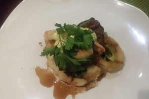 Filet Oscar, certified AAA beef tenderloin, prawns, house béarnaise, pomme purée