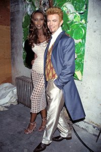 In '97 with his longtime wife IMAN on his 50th birthday - Jan/9 Photo: KMazur/WireImage