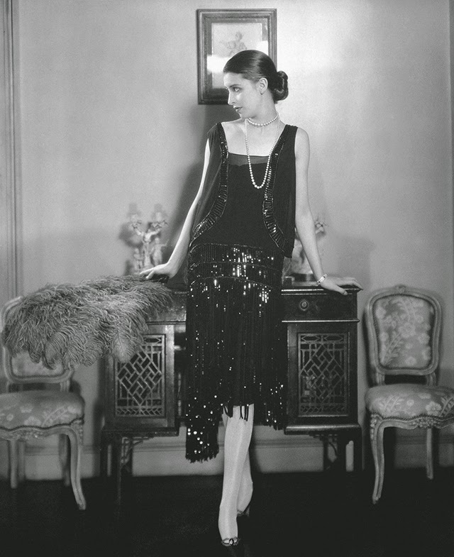 Chanel cocktail dress, Vogue May 1926