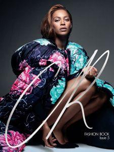 Beyoncé wears YY