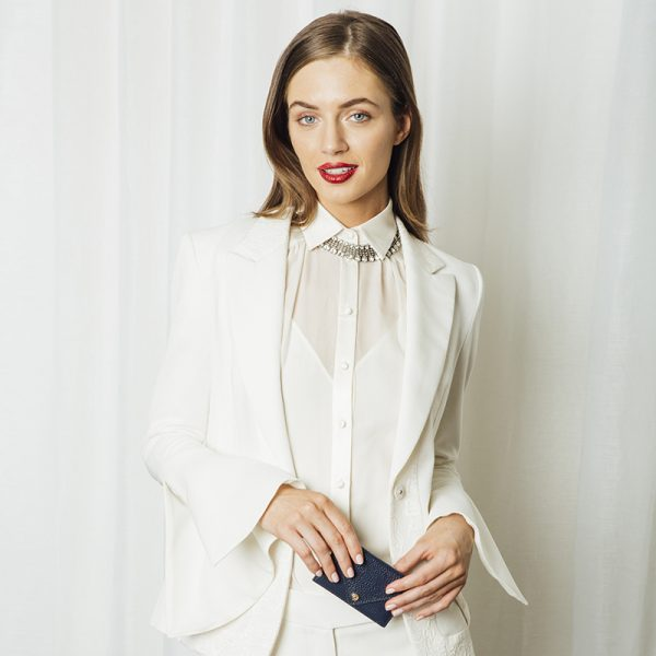 Shine Surprise Layer the glisteningpiece under a blouse collar for unexpected sparkle.