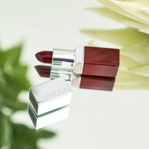 Clinique Berry Pop Lip Color + Primer, Retail Value: $24